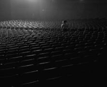 Po co robić teatr dla nikogo?