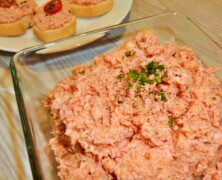 Pasta kanapkowa z salami